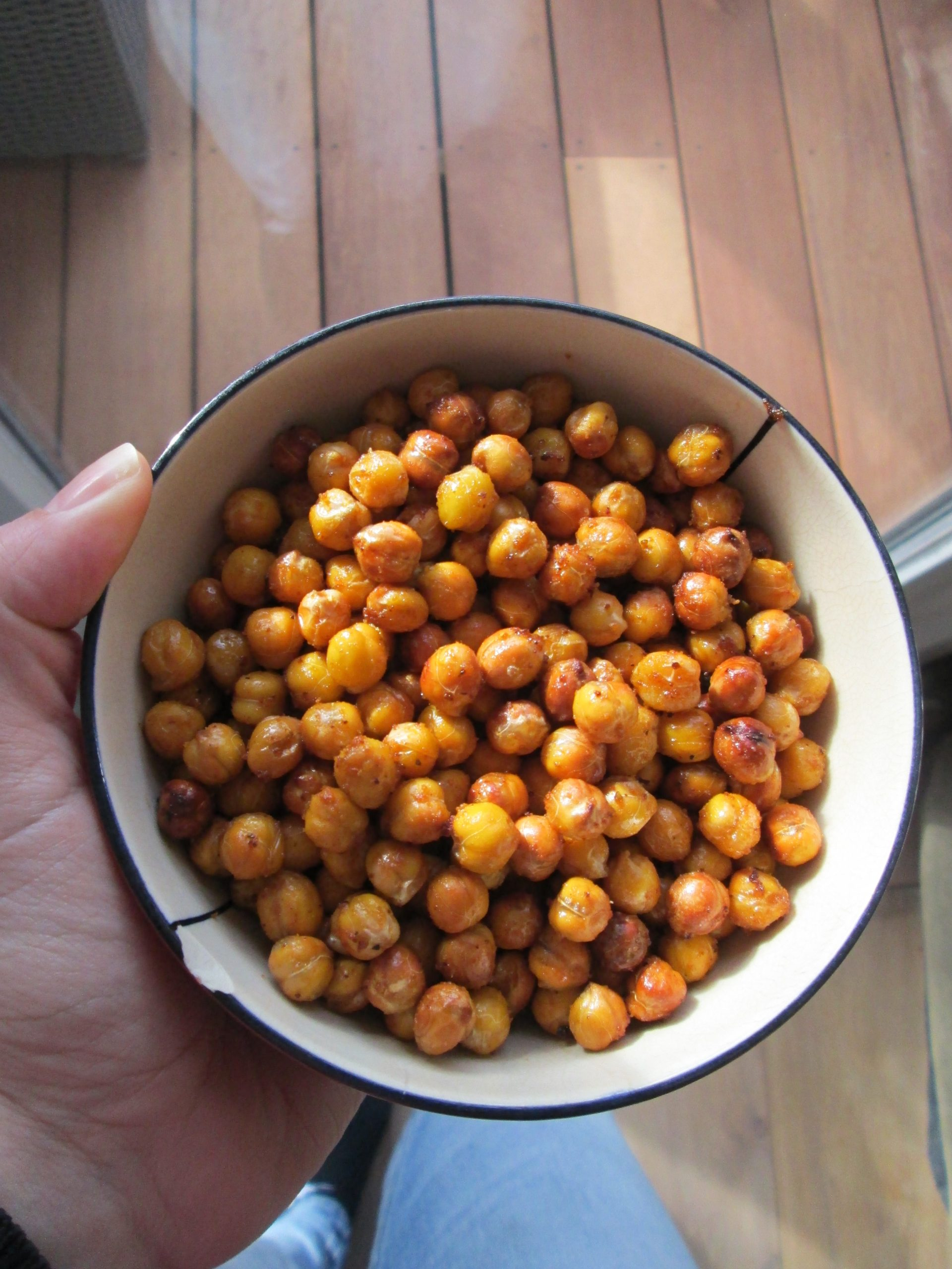 Zero waste snack: roasted chickpeas